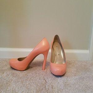Nicholas Kirkwood light pink heels